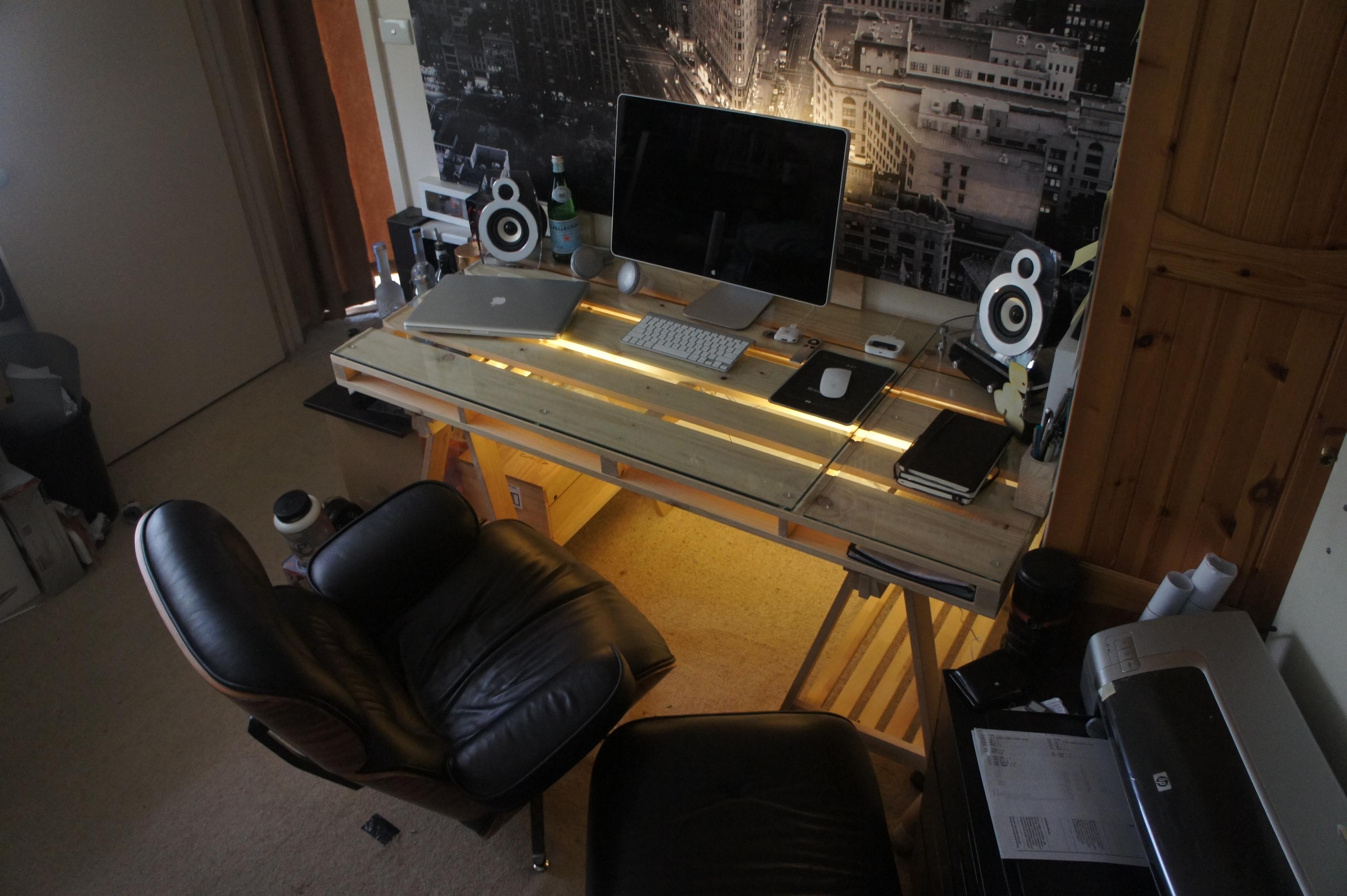 Pallet Desk 2012 | A.MAK ARCHI TECT URE